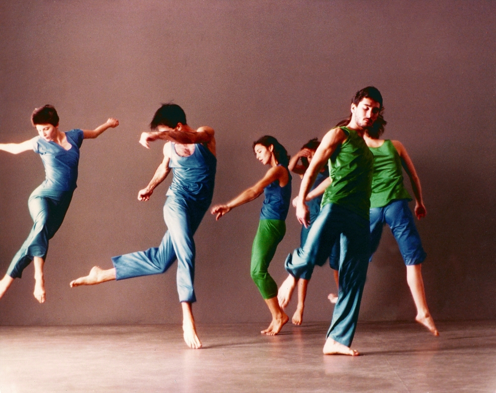 Trisha Brown Dance Company in Son of Gone Fishin. Photo by Lois Greenfield.